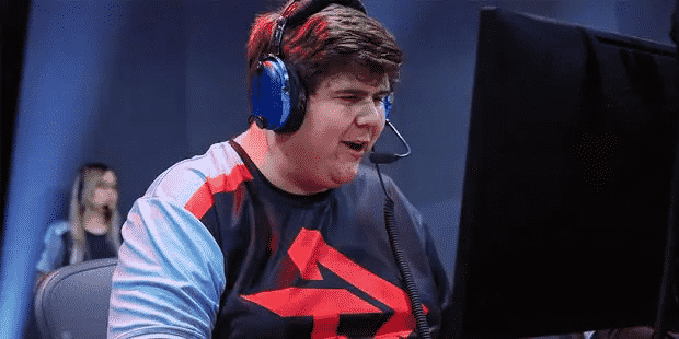 """Andreas """"Logix"""" Berghmans competes in a live game of Overwatch"""